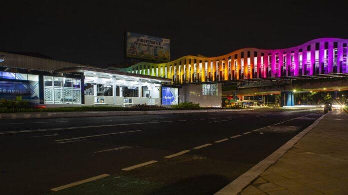 Lampu tembak LED modular dari Signify