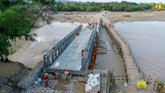 Jembatan semi permanen Benanain