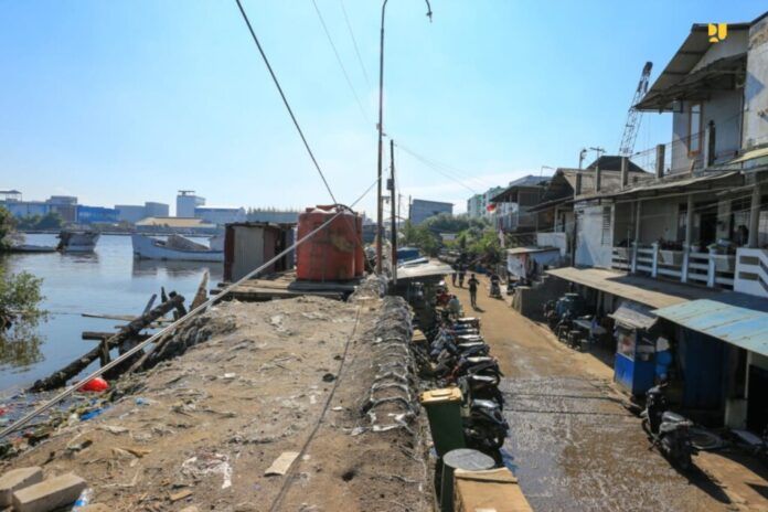 pembangunan tanggul pantai jakarta