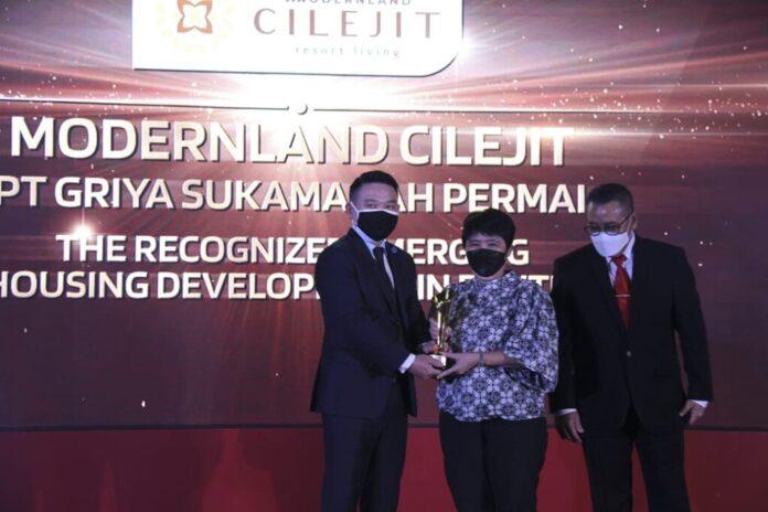 Modern Cilejit raih Properti Indonesia Award